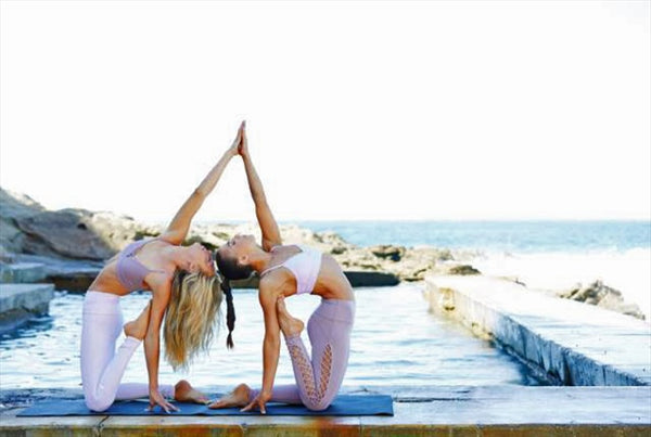 Five Top Yoga Style Trends for Summer