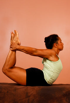 how to do bow pose in yoga  yogaoutlet