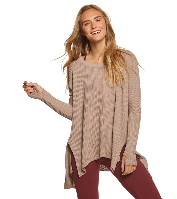 Hard Tail Thumbhole Slit Seam Side Pullover