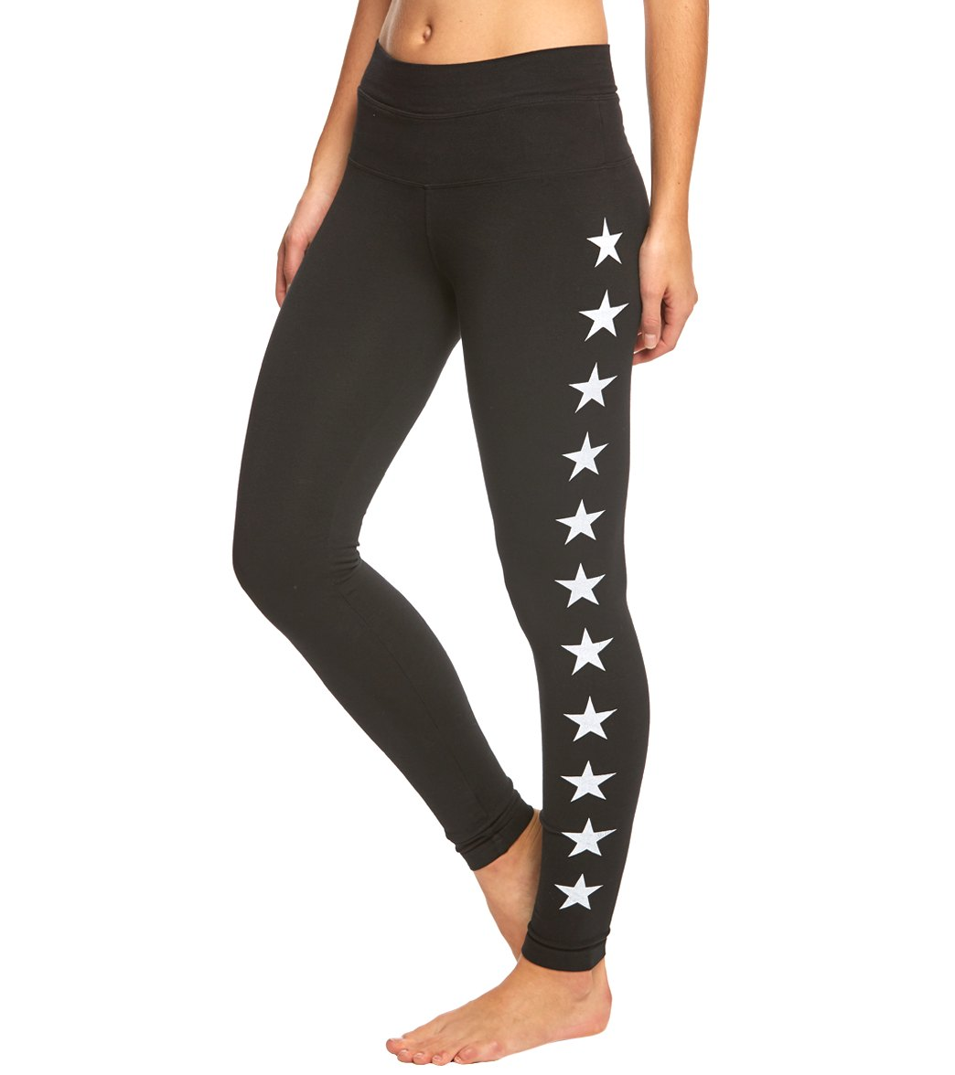 Find your fit in the Hard Tail High Rise Ankle Yoga Leggings. With a high, elastic waistband and fitted silhouette, these pants are sure to stay in place as you stretch and move Features High-rise, full length yoga leggings. Star print design down side legs. Slim cuffs. Pre-shrunk. Soft feel. Machine wash and dry. Details Fabric: 90% Cotton, 10% Lycra Color: Black/White, Olive/Red Style Features: Star print design down side legs Fit: Tight Rise: High Inseam: 29\\\