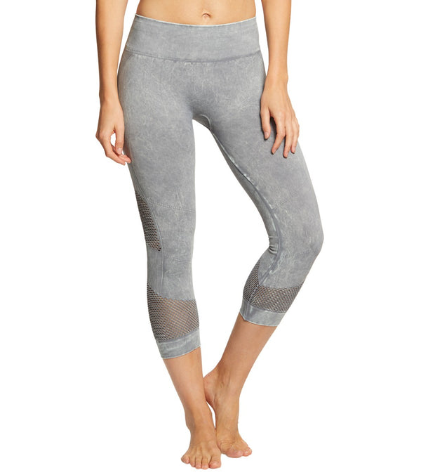 NUX Network Mineral Wash Seamless Yoga Capris