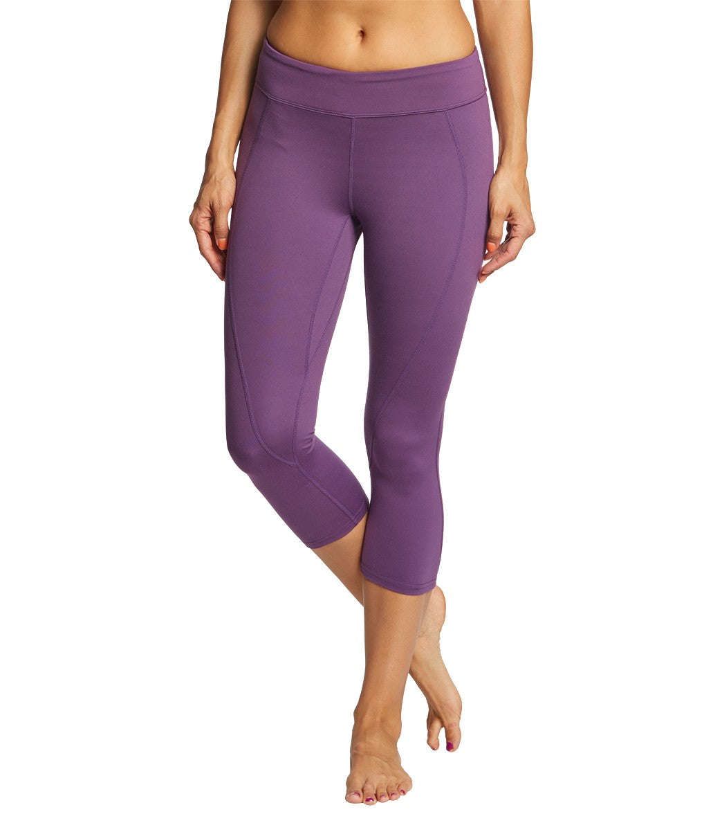 3a211e3876ed4f Soybu Commando Yoga Capris at YogaOutlet.com