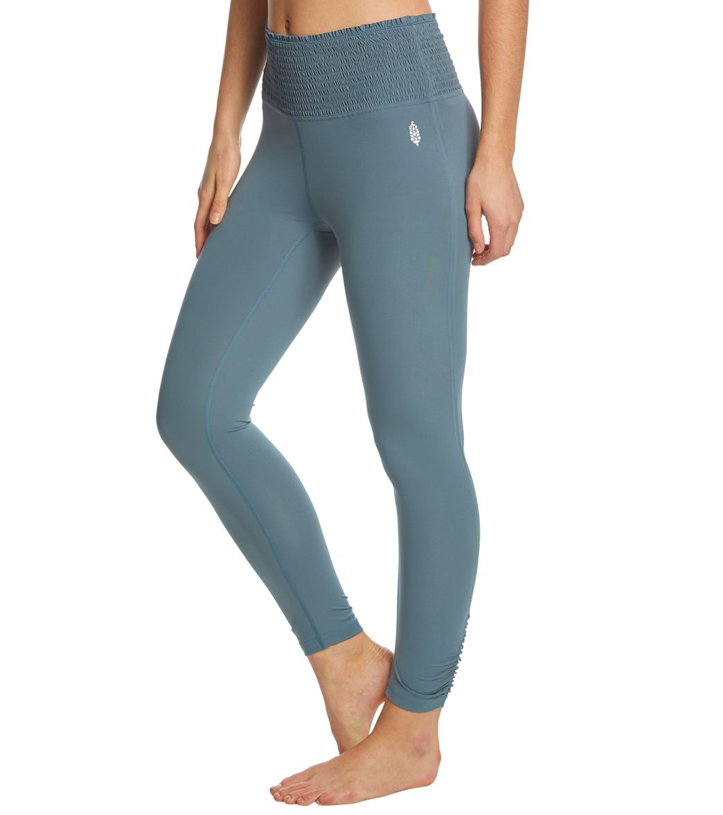 fb7df90495d285 Free People Movement High Waisted Smock It To Me Yoga Leggings at  YogaOutlet.com - Free Shipping