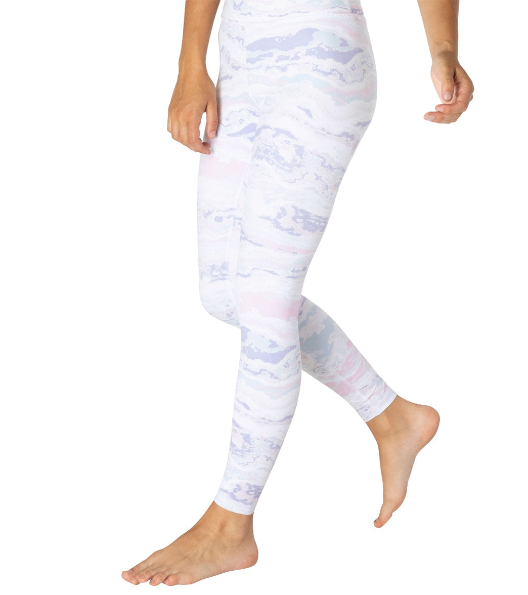 Upgrade your yoga wardrobe with the Beyond Yoga Olympus High Waisted 7/8 Yoga Leggings. With quick-drying and moisture-wicking fabric properties to keep you cool and comfortable as you sweat, these midi yoga leggings feature a stunning marble print that will set you apart from the rest. Features 5. 25\\\