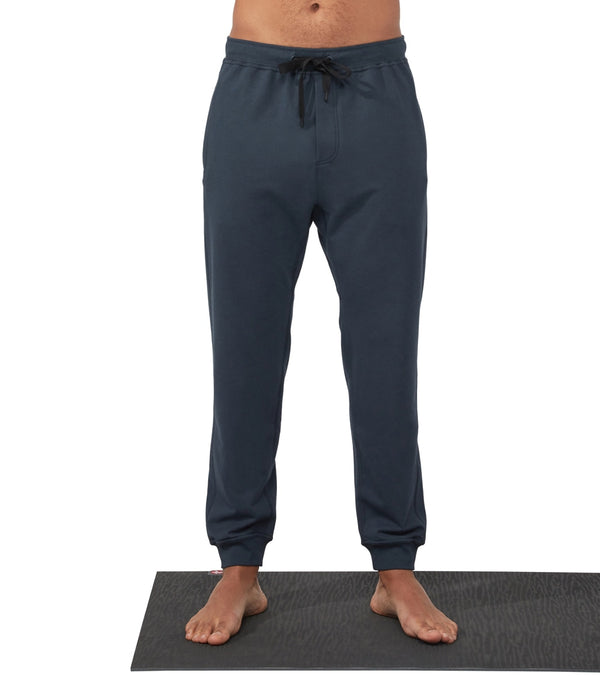 Manduka Men's Performance Relaxed Fit Classic Rise Joggers
