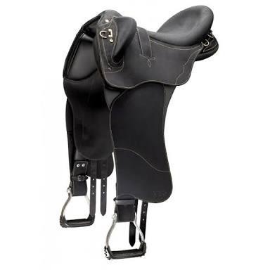 Wintec Pro Stock CS Saddle with Swinging Fender Stock Saddle