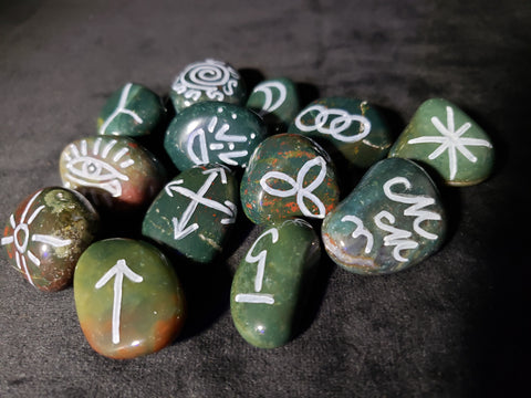 BloodStone Witches Runes - Semi-Precious Witches Rune Set with Velvet Bag - Set of 13 - Runes - Rune Stones - Divination Tools - Wiccan - Pagan - Spiritual Tools