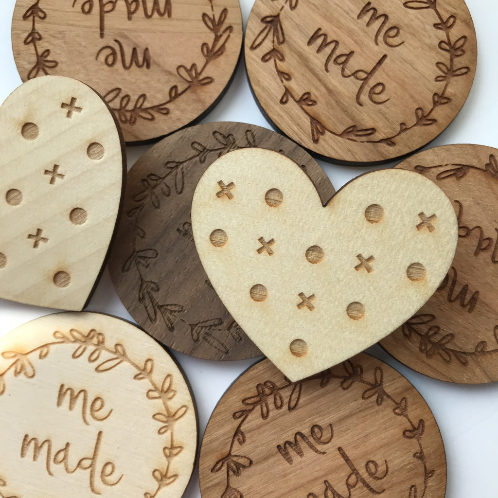 Seconds sale: Wooden brooches & samples