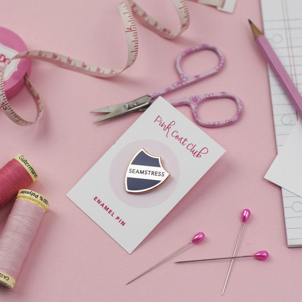Seamstress pin (navy) - Pink Coat Club
