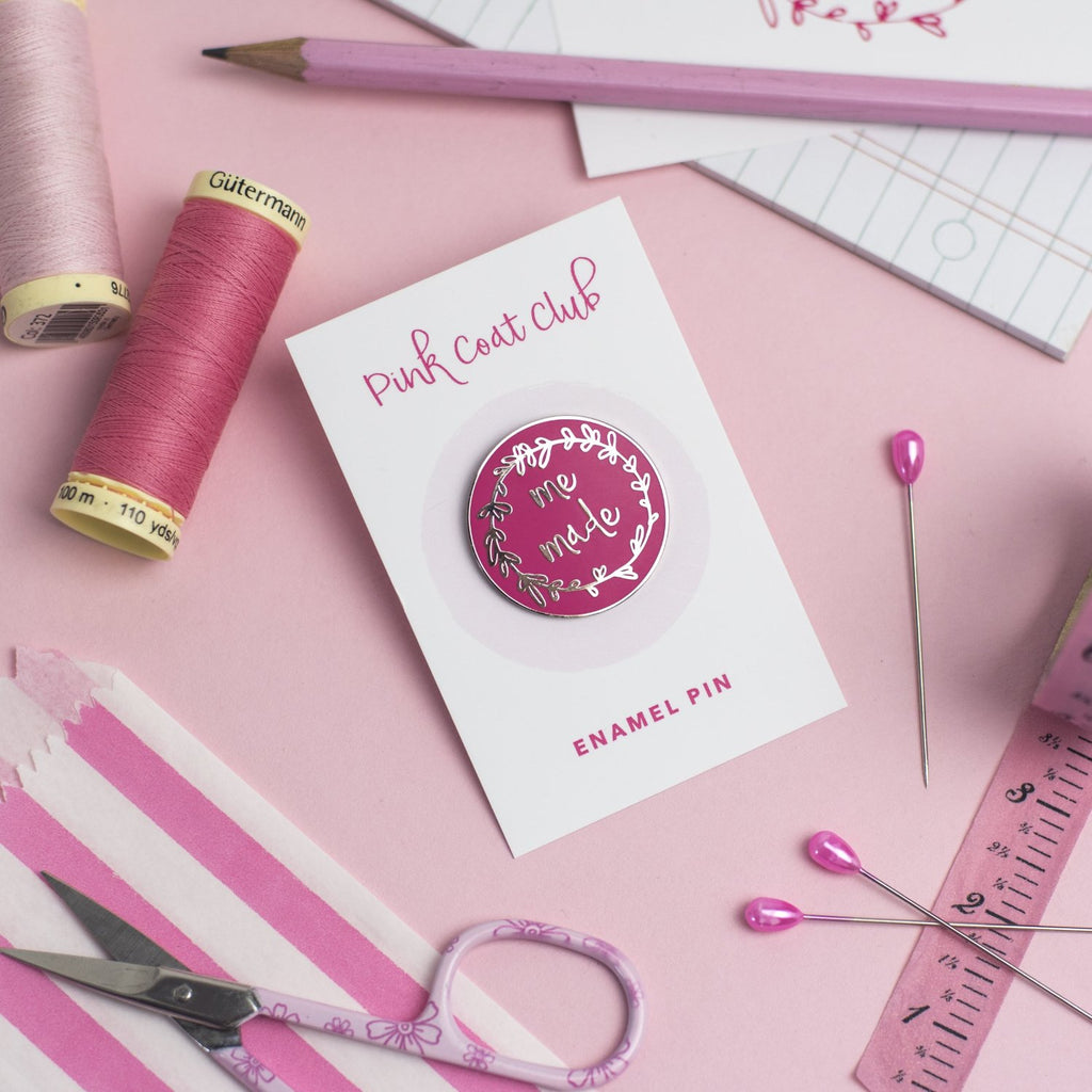Me Made pin (pink) - Pink Coat Club