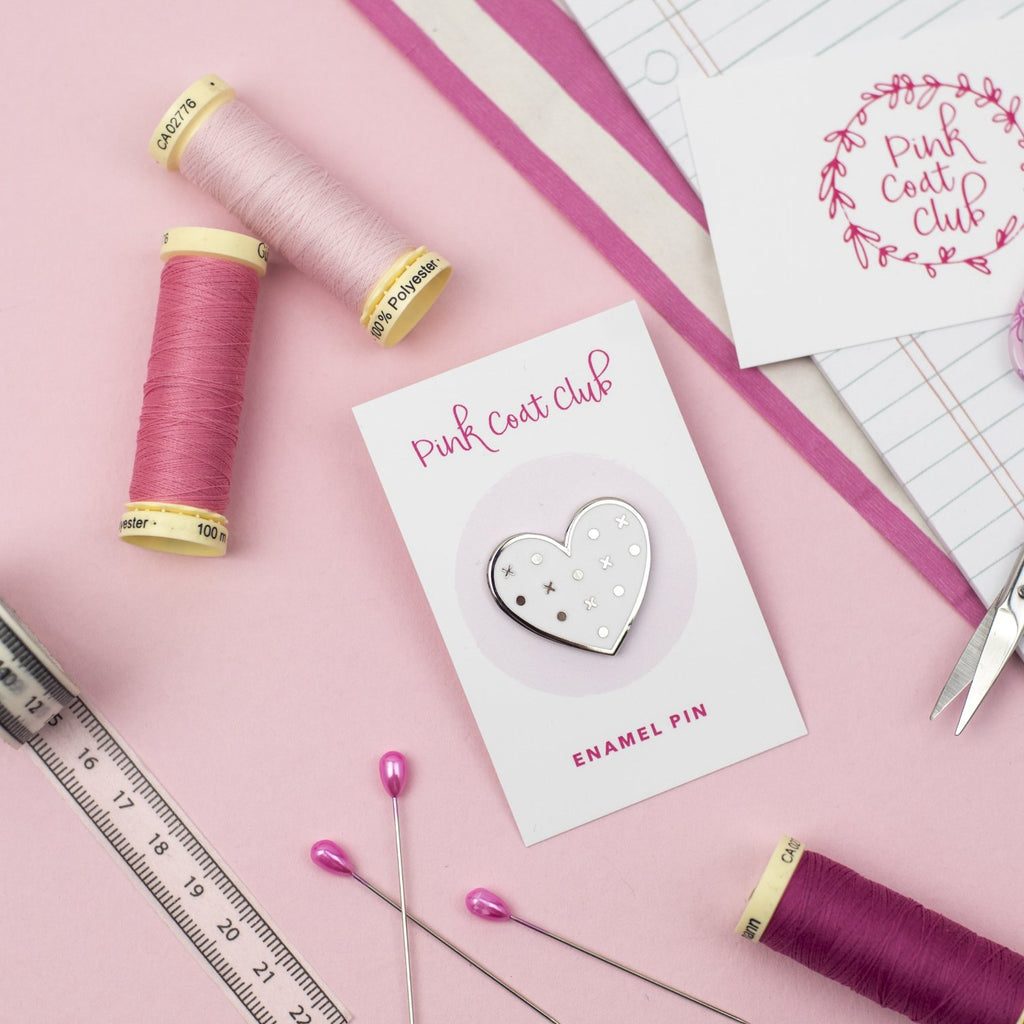 Pattern Paper Heart pin - Pink Coat Club
