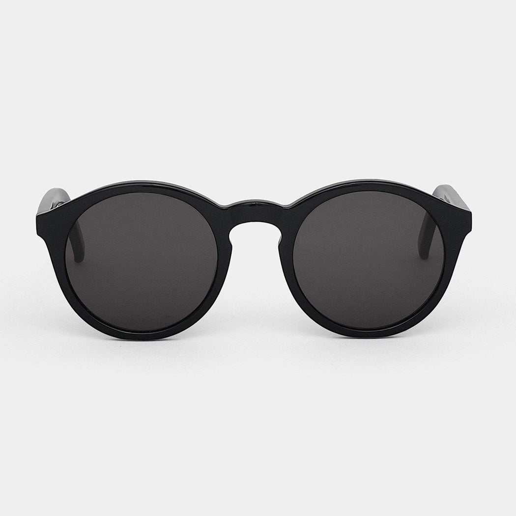 Bartsow Black - solid grey lens