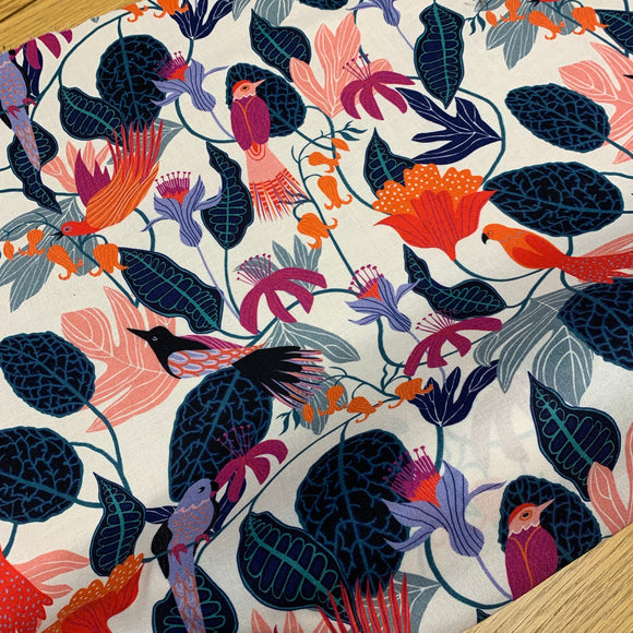 Exotic birds white Viscose / Rayon