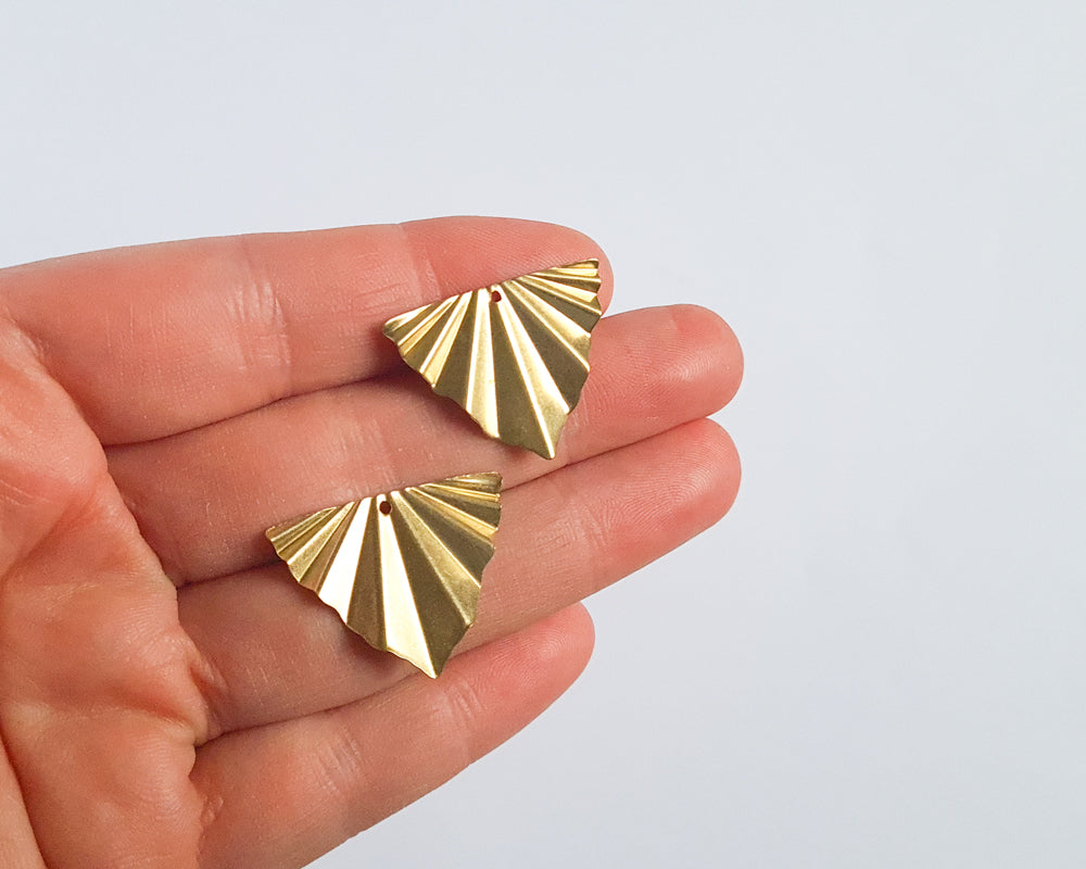 Brass Crimped Triangle - 10 pieces
