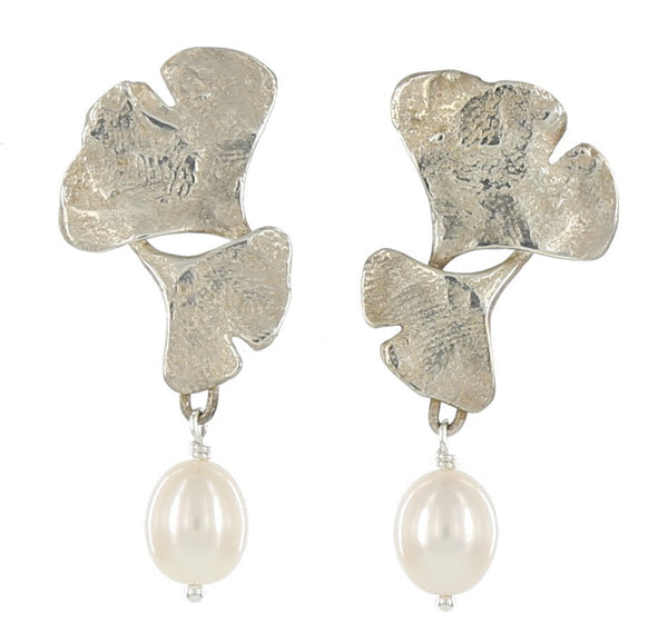 DOUBLE GINGKO  WITH PEARL DROP / SILVER