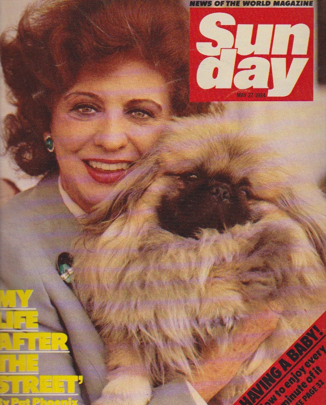 News Of The World Magazine - Pat Phoenix