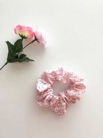 Sweet Pink Flower Classic Scrunchie