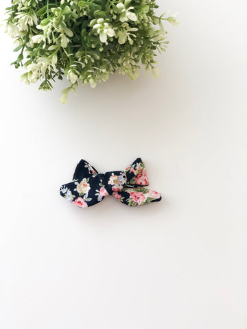 Black Floral Kayla Bow