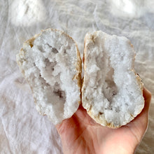 Load image into Gallery viewer, CLEAR QUARTZ GEODE MEDIUM PAIR 17
