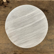Load image into Gallery viewer, SELENITE CHARGING PLATE