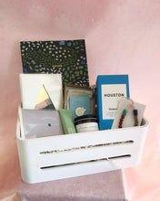 Load image into Gallery viewer, Bestie Gift Basket
