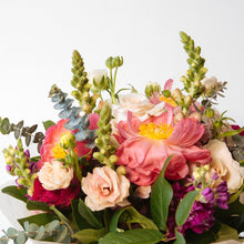 Load image into Gallery viewer, The Melanie Bouquet