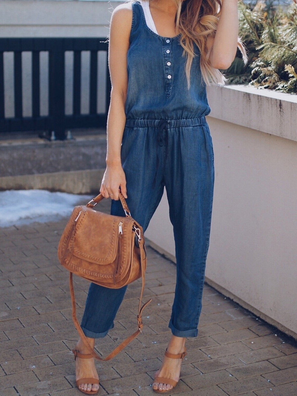 Solid Round Neck Sleeveless Buttons Sexy Jumpsuit