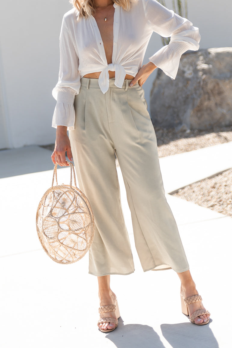 Pleated High Rise Crop Pant