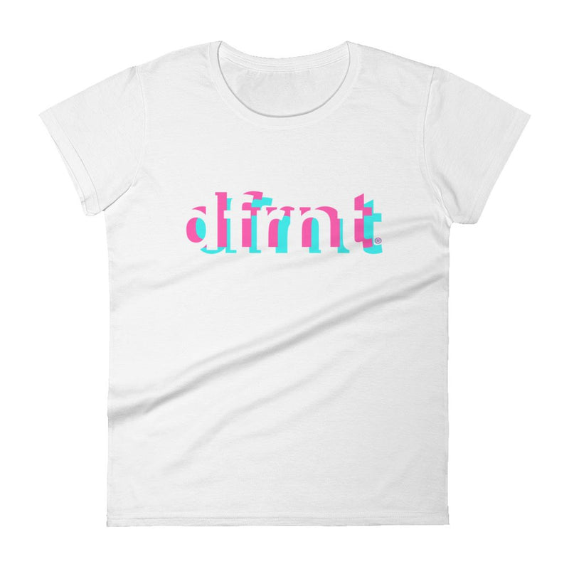 DFRNT LAYERS | womens tee