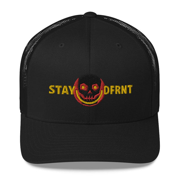 STAY DFRNT SKULL | mid trucker