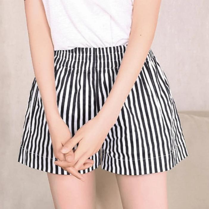 Vintage striped high waist shorts