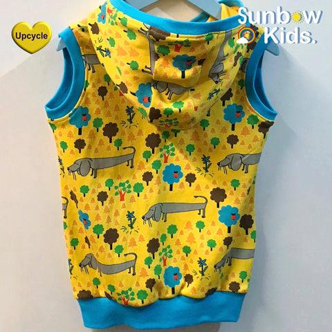 Hooded top sewn by Sunbow kids uk using duns of Sweden dress fabric