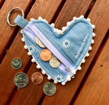 Load image into Gallery viewer, PDF Sewing Pattern - Venice Heart Shaped Coin Purse, Sewing DIY, Sewing Tutorial, Sewing how-to