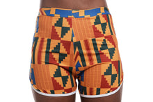 Load image into Gallery viewer, AKEE KENTE WOMAN SHORT