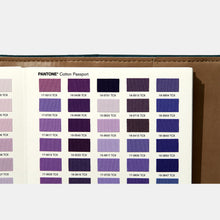 Charger l'image dans la galerie, Pantone Cotton Passport