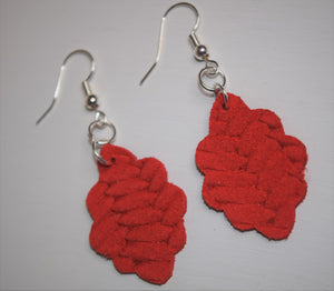 Small Braided Leather Scalloped Earrings ~Red~