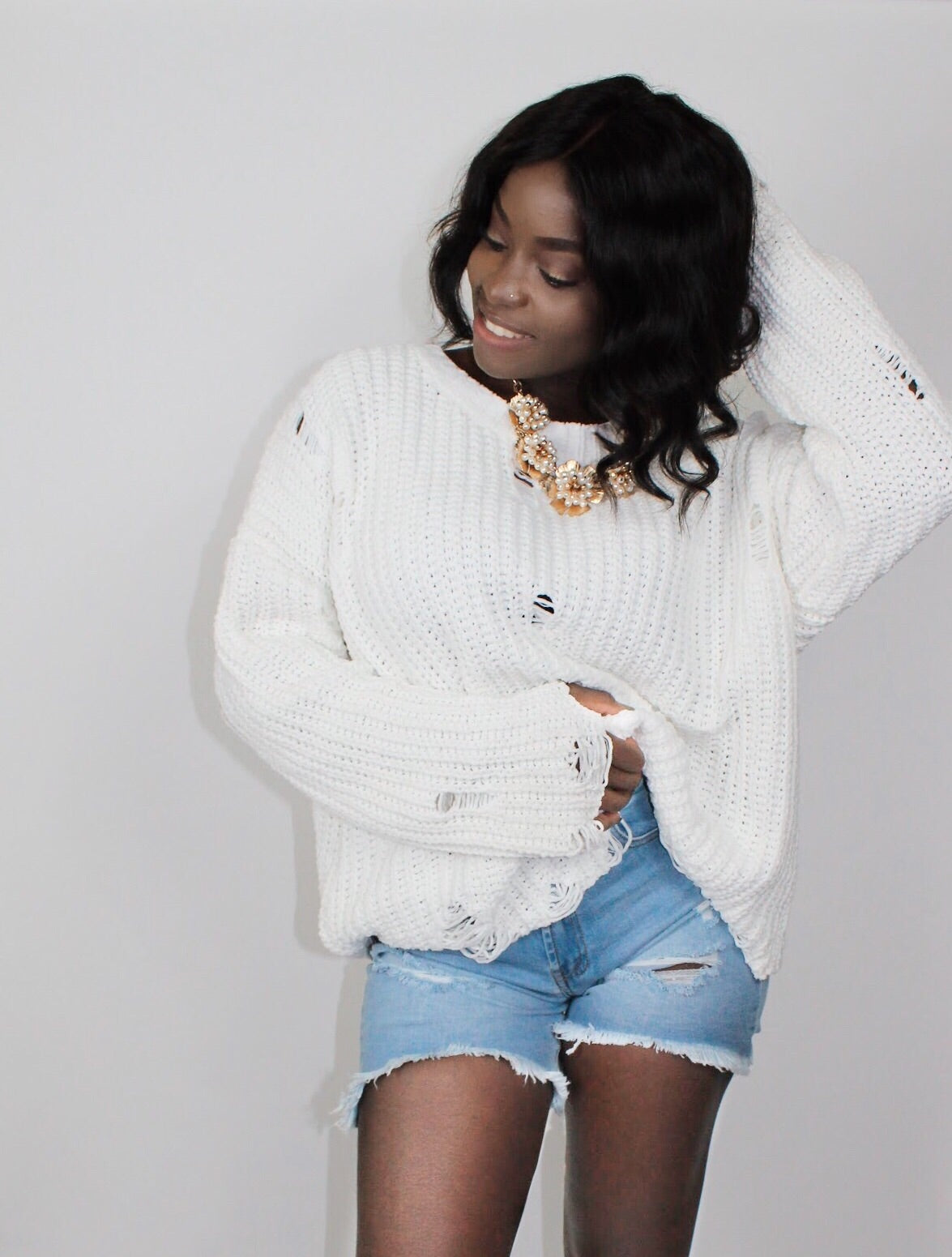 Distressed Sweater-White