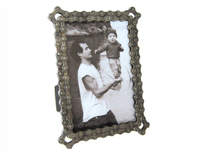 "Resource Revival Chain Picture Frame - 7""x5"""