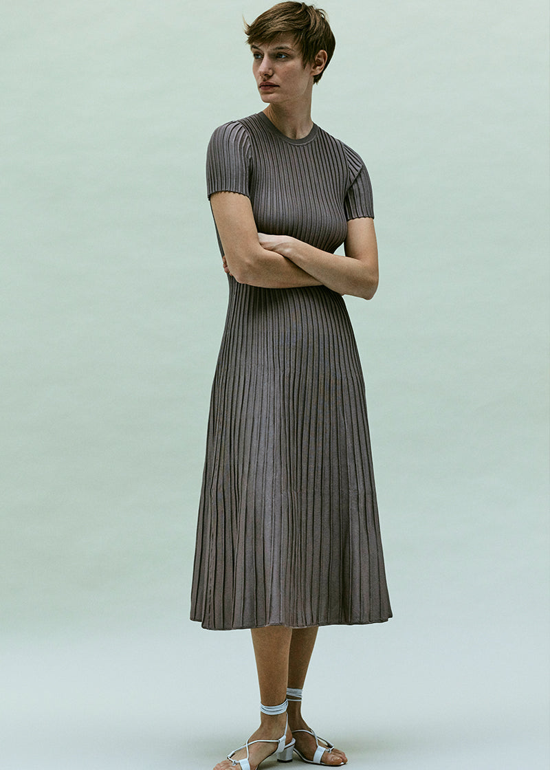 FSC-certified viscose-knit ottoman-stitch midi dress. Made in Italy.