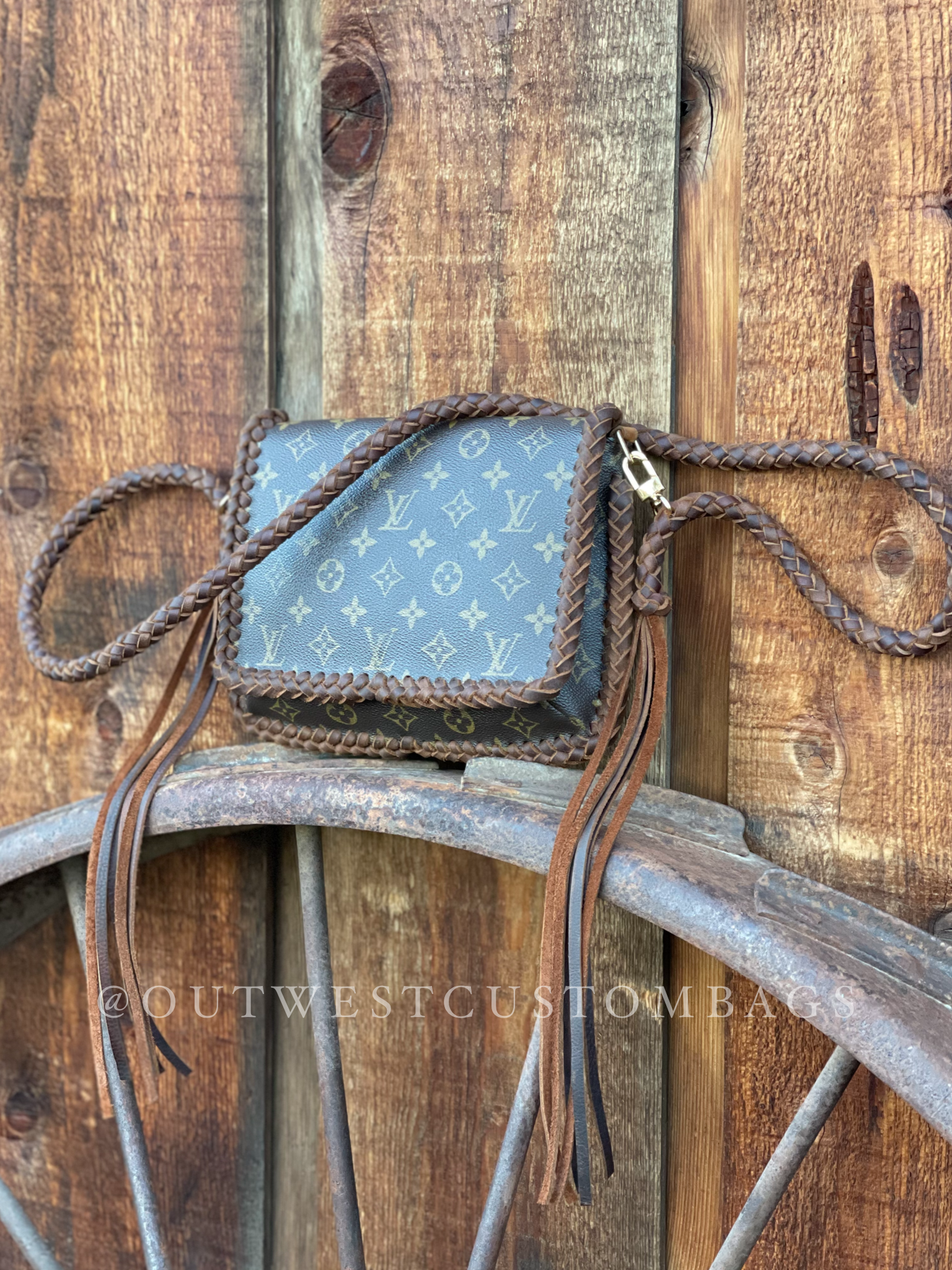 Louis Vuitton Musette Tango Revamped Fringless Crossbody