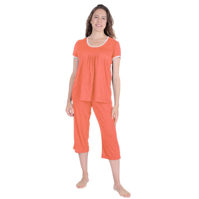 WOMEN'S MOISTURE WICKING PLEATED T-SHIRT CAPRI SET - Cool-jams