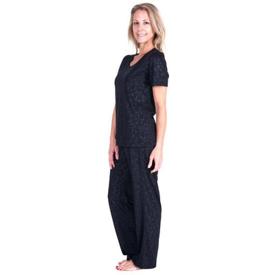 WOMEN'S MOISTURE WICKING SCOOP NECK PAJAMA SET - EMBOSSED PRINT - Cool-jams