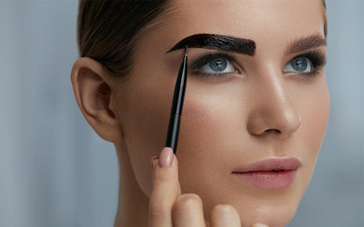 DIY: How to Tint Your Eyebrows at Home!