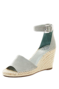 Vince Camuto Sandals - Marvy Fashion Boutique