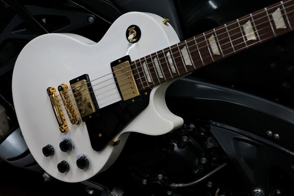 Gibson Les Paul Studio Gold Alpine White 2012