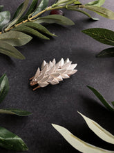 Load image into Gallery viewer, Leaf Hair Barrette | Metal Hair Barrette, Bridal Hair Clip, Leaf Hairpiece, Vine Hair Clip