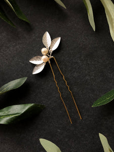 Classic Pearl & Leaf Hair Pins (1+) | Classic Bridal Hair Pins, Minimalist Hair Accessories
