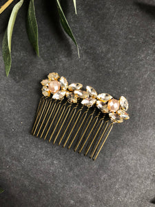 ABBY - Elegant Crystal & Faceted Freshwater Pearl Comb