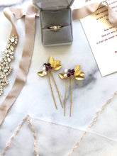 Load image into Gallery viewer, GOLD & Amethyst Crystal Hair Pins (1+) | Amethyst Bridal Hair Pins, Pearl Headpiece