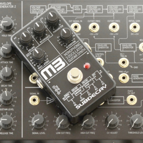 M3 3 oscillator monophonic guitar synthesizer